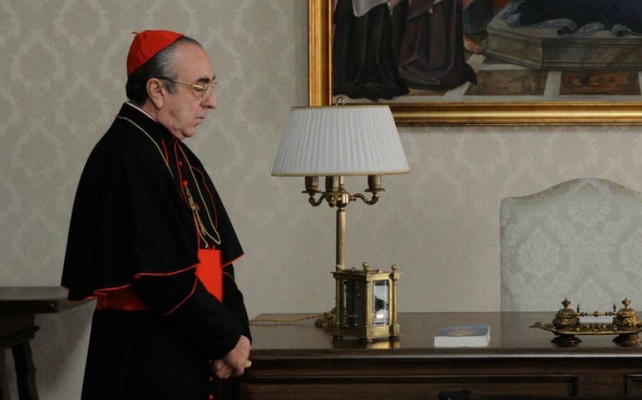 Silvio Orlando nel ruolo del cardinal Voiello
