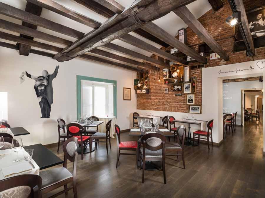 Pavarotti Milano Restaurant Museum: polo culturale ed enogastronomico