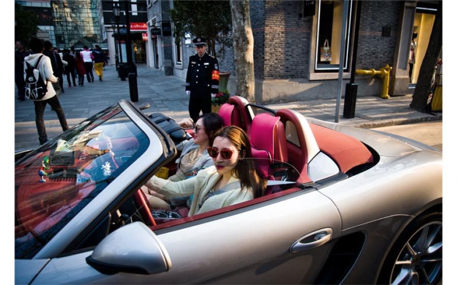 La mostra fotografica Rolls Royce Generation di Alessandro Gandolfi alla Cascina Martesana