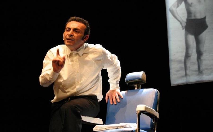 Le mille bolle blu: un amore clandestino in scena al Teatro Libero di Milano