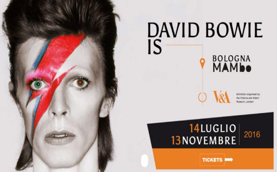 David Bowie si mostra al Mambo di Bologna