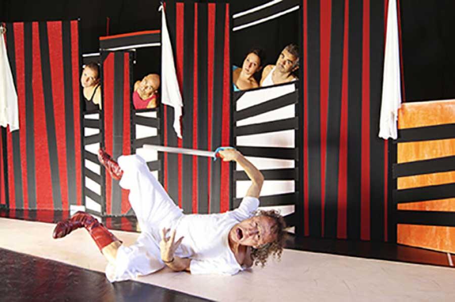 Un'esplosione di voce: Anelante arriva al teatro Elfo Puccini