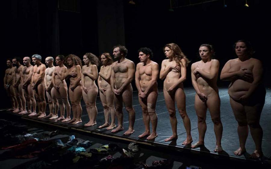 Bestie di scena – Le creature primitive di Emma Dante al Teatro Strehler di Milano