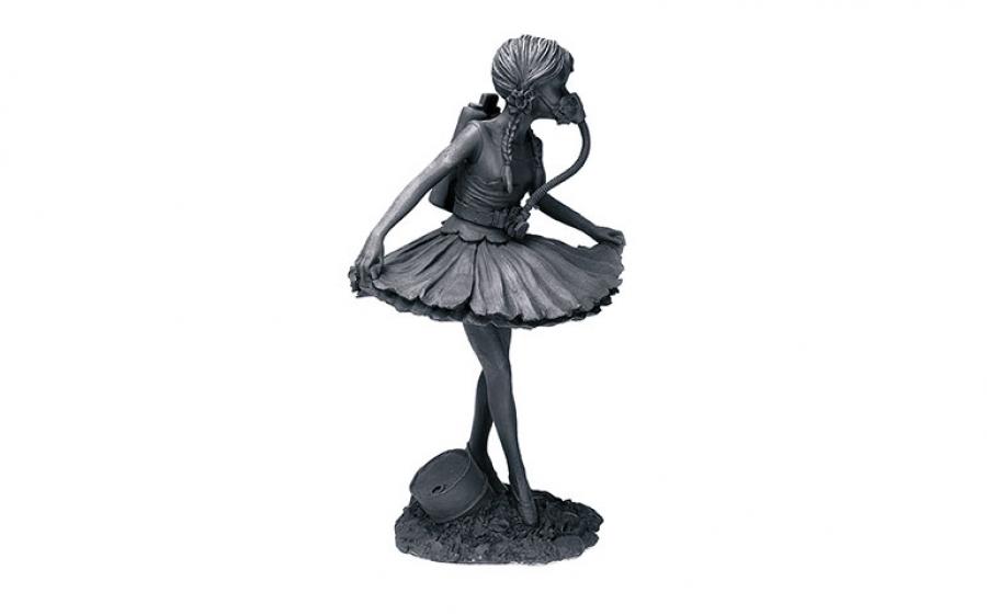 Autore: Banksy Titolo: Dancer Anno: 2006 Misure: cm 18 x 32 Tecnica: Resin Cast Ed. 6 (sculpture)