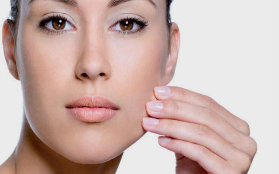 Laser Frazionato, il trattamento per eliminare macchie e piccole rughe del viso