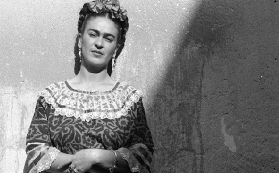 Frida Kahlo. Fotografie di Leo Matiz in mostra a Bologna
