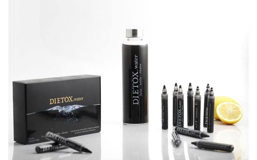 É arrivata la Dietox Water a base di carbone attivo.