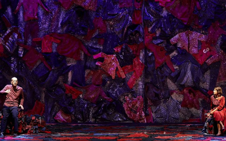 Il senso del migrare in Human lo spettacolo con Lella Costa e Marco Baliani al Piccolo Teatro di Milano