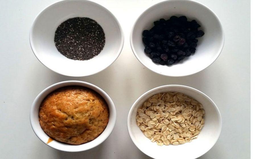 Ricetta Muffin ai Mirtilli, Semi di Chia, Avena e Vaniglia