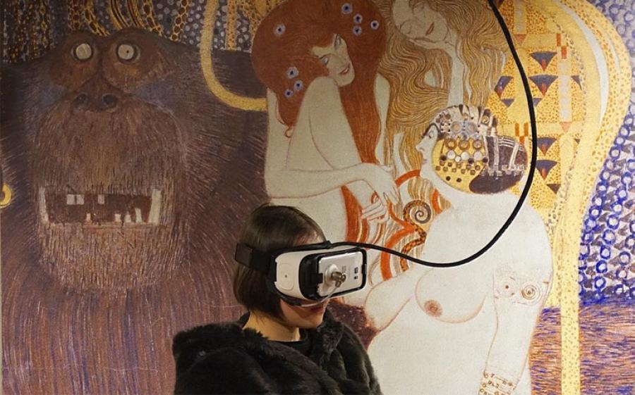 Klimt Experience, a Firenze una mostra attraverso la multimedialità immersiva