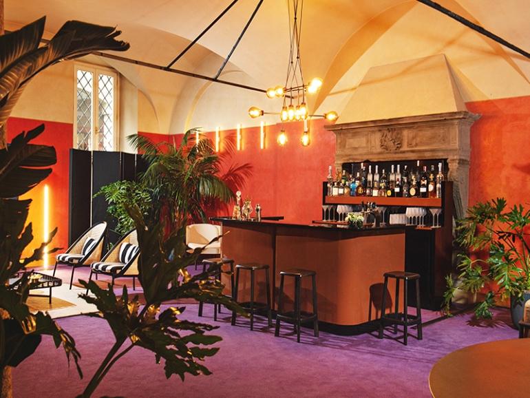 Il Four Seasons Hotel di Milano inaugura un esclusivo Design Pop-Up Bar & Lounge