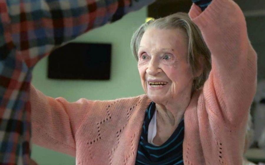 Un jeune fille de 90 ans, 2016