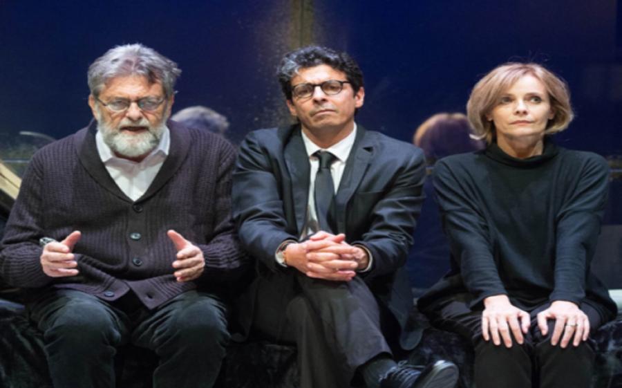 """Al Teatro Carcano """"Le Ultime Lune"""" di Furio Bordon"""