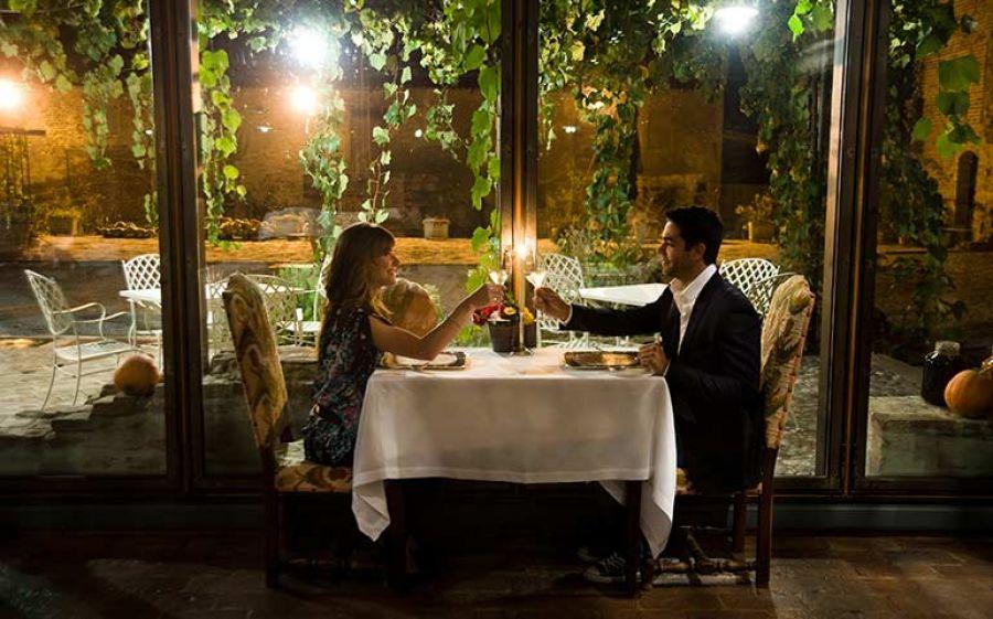 Per San Valentino, all'Antica Corte Pallavicina di Polesine Parmense ci aspetta un mese d'amore