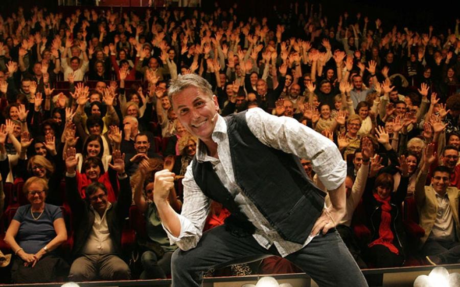 CAVEMAN, l'uomo delle caverne - per la prima volta al Teatro della Luna di Milano