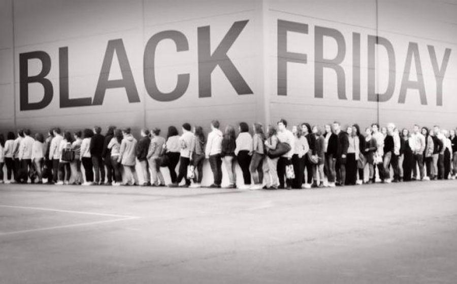 Il 25 novembre è Black Friday, Arriva a Milano il venerdì più nero dell'anno