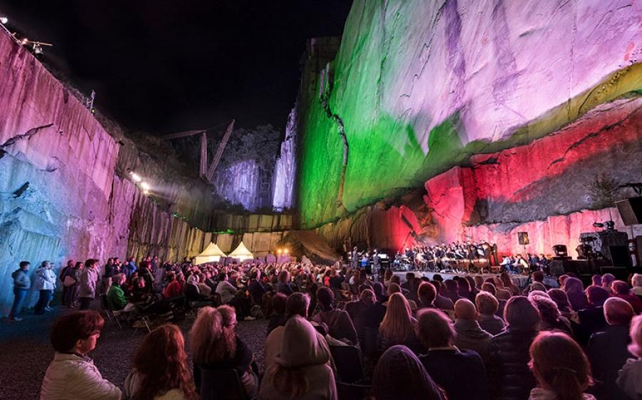 Tones On The Stones: teatro, musica e arte sulle sponde del Lago Maggiore