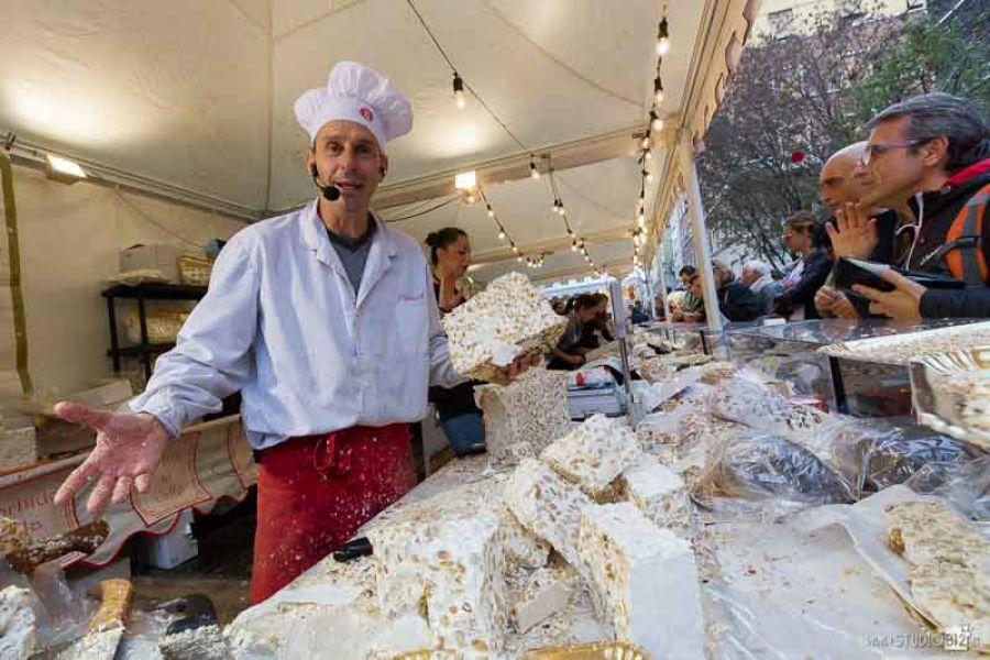Festa del Torrone di Cremona: al via l'edizione 2015