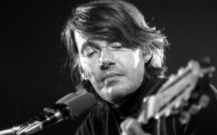 Tu che mi ascolti insegnami, il nuovo cofanetto Sony Music omaggio a Fabrizio De André