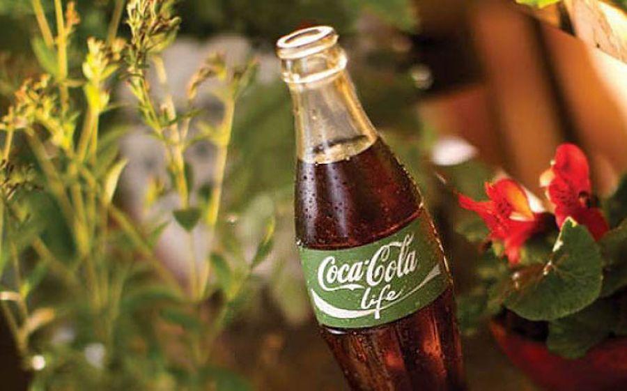 La lattina Coca-Cola ha un nuovo colore: arriva in Italia Life