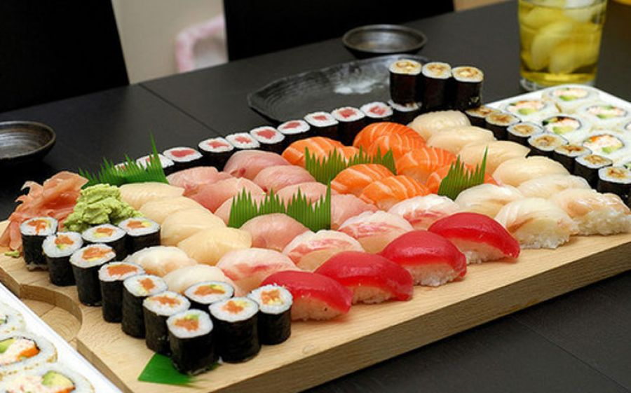 We love Japan & Sushi