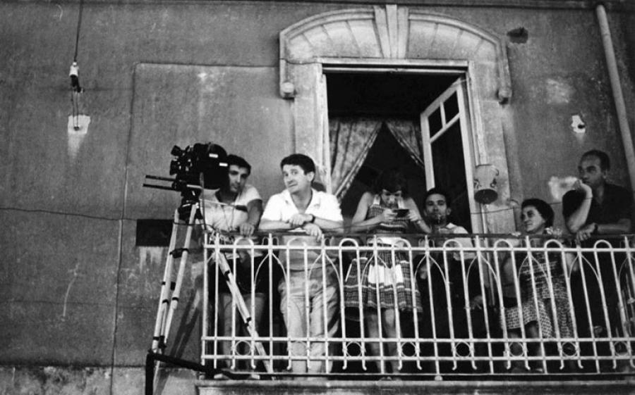 La Poesia Degli Ultimi: una mostra fotografica che ritrae il grande Ermanno Olmi alle prese con i suoi primi capolavori