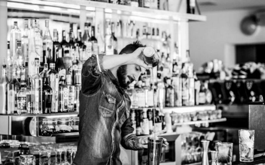 """Bartender Battle"": sfida a colpi di cocktail"