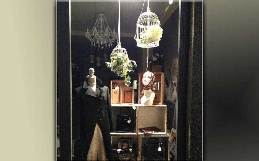 Como e il vintage La storica Via Vitani accoglie Sofia Vintage