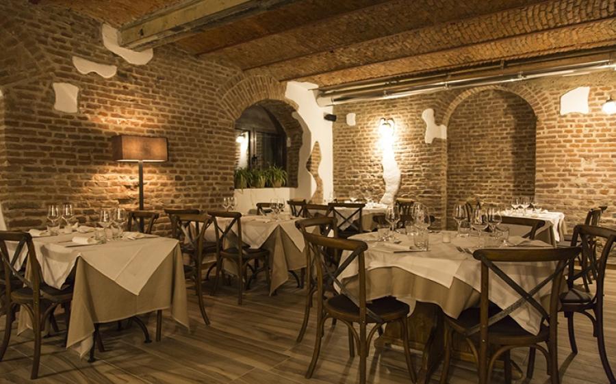 Osteria Della Darsena inaugura celebrando la magia di Milano