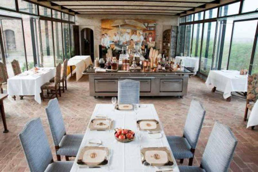 Champagne Bollinger e cucina d'autore all'Antica Corte Pallavicina