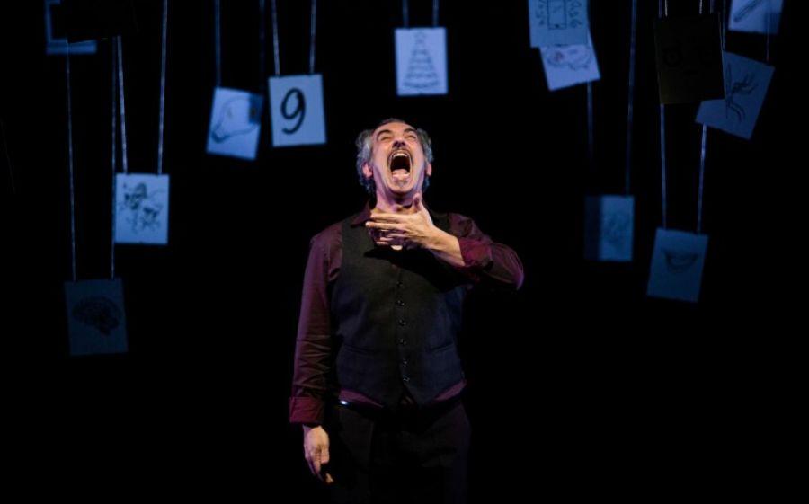"""""""Così tanta bellezza"""", lo spettacolo di Corrado Accordino al Teatro Libero"""