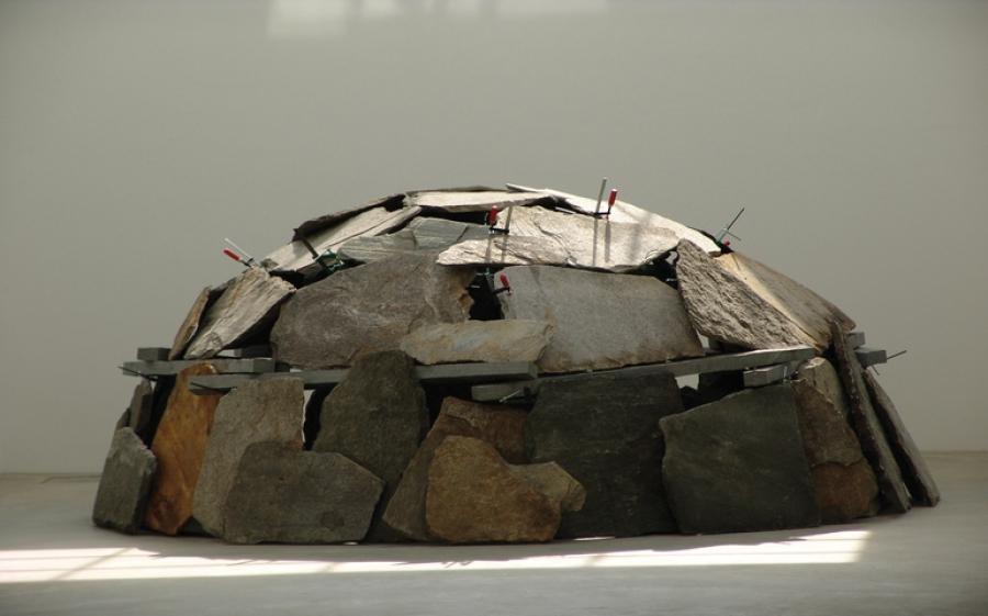 L'Arte povera di Mario Merz all'Hangar Bicocca