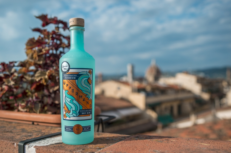 Il connubio tra musica e mixology firmato dal Gin Upperhand, distillato irlandese dal cuore italiano