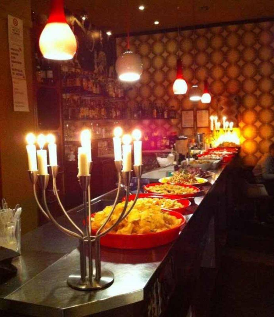 24/06: WE LOVE TO MIX al Mono Bar