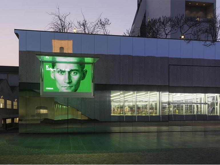 A Fondazione Prada la mostra dedicata ai romanzi incompiuti di Franz Kafka