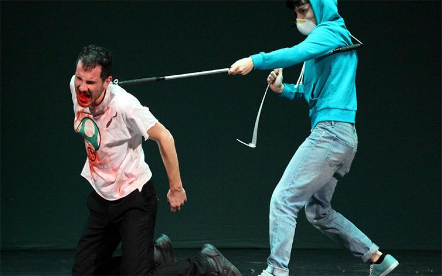Be Normal al Teatro i di Milano