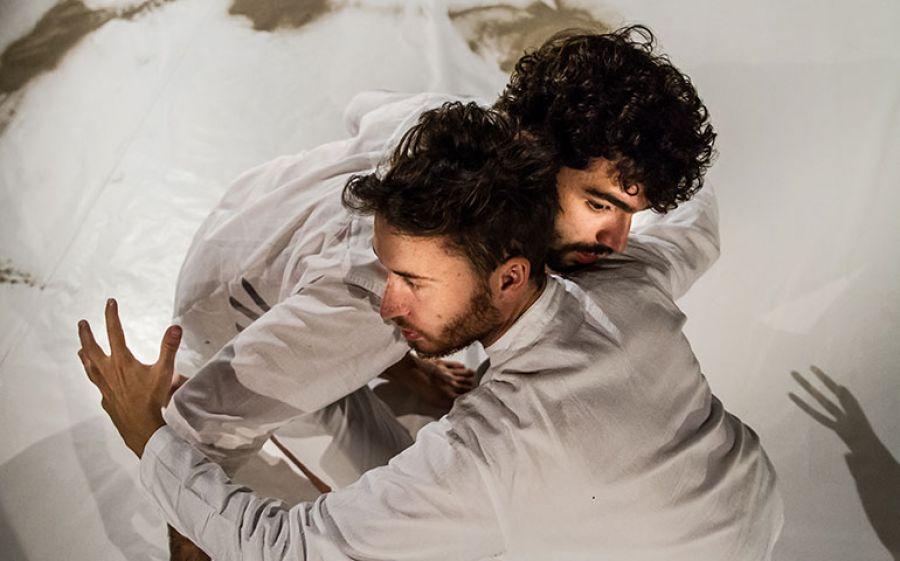 Kish Kush, Tracce di un incontro: uno spettacolo di vita al Teatro Franco Parenti di Milano
