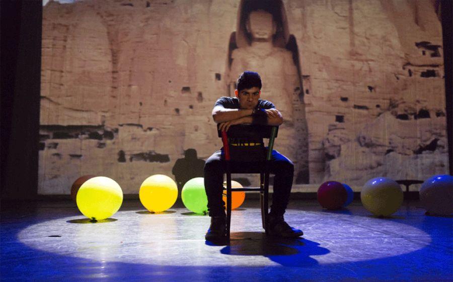 Compleanno afghano - al Teatro Menotti di Milano, parole come medicine