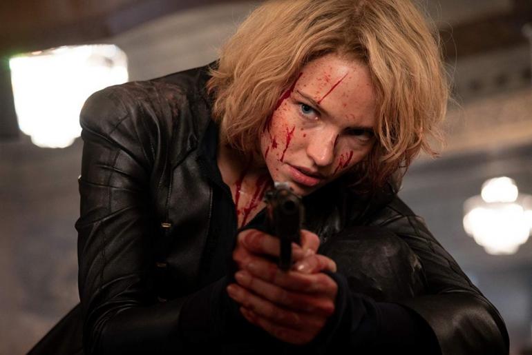Esce oggi su Prime Video ANNA, il nuovo fantastico action movie di Luc Besson (che ricorda Nikita)
