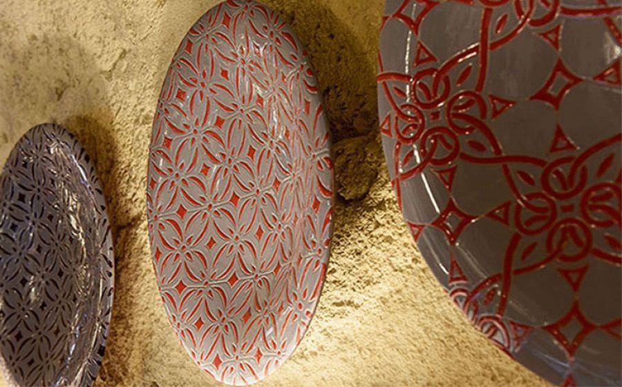 Le ceramiche di Enza Fasano tra contemporaneità e tradizione