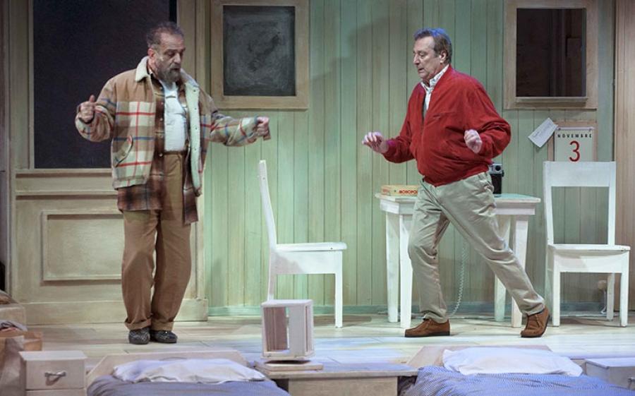 Al Teatro Carcano di Milano uno spettacolo unico, da oggi fino al 19 marzo Iacchetti e Covatta in Matti da Slegare