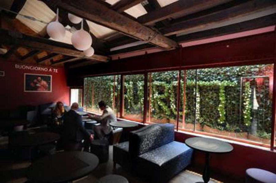 Pavarotti Milano Restaurant Museum