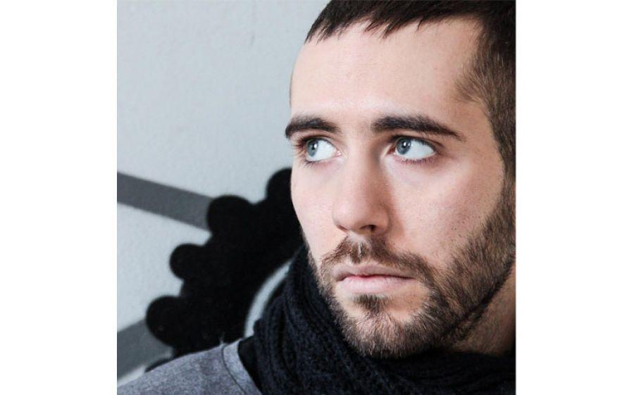 Assoluto è il nuovo album del rapper milanese Peligro anticipato dal singolo Frammenti