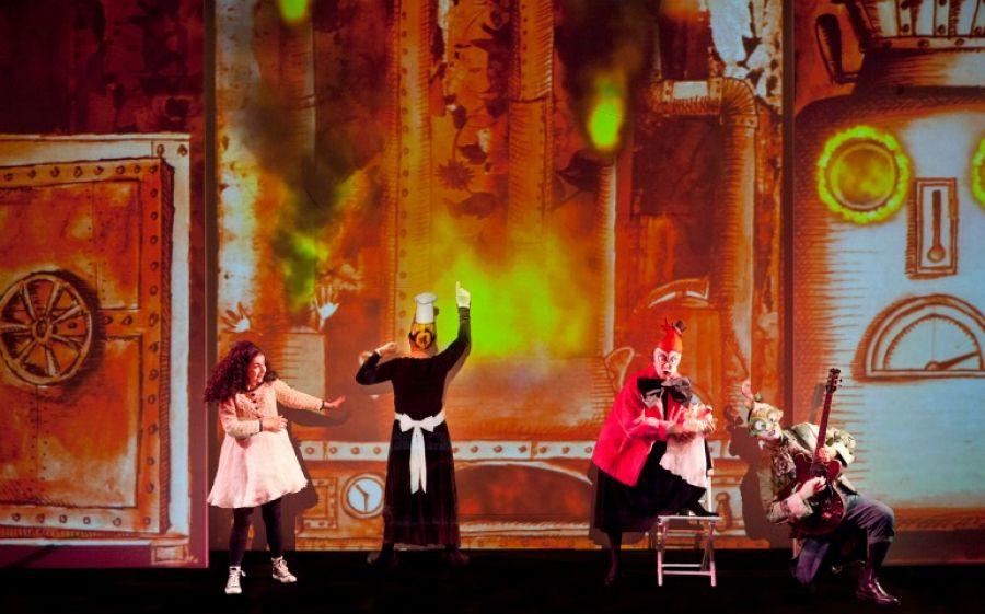 Alice Underground, la favola surreale del Paese delle Meraviglie arriva al teatro dell'Elfo